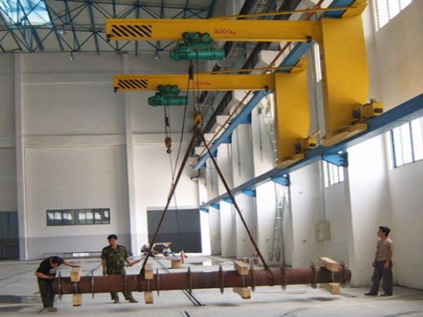 grua pluma industrial