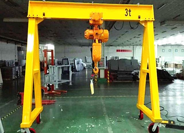 ADJUSTABLE GANTRY CRANE: small gantry crane