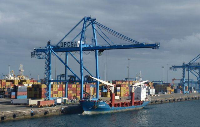 Design of a Container Gantry Crane