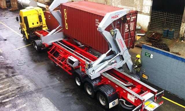 CAMION GRUA SIDELIFTER