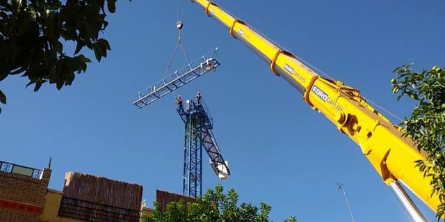 Tower crane operator training