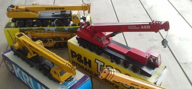 LIEBHERR CITY CRANE ▷ construction machinery and equipment