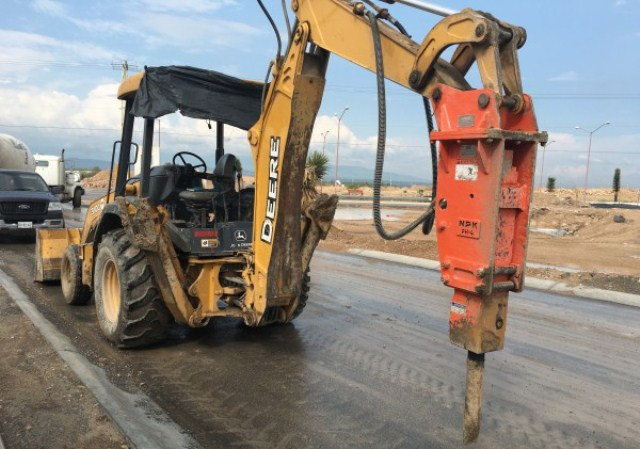 Backhoe Bucket Attachments