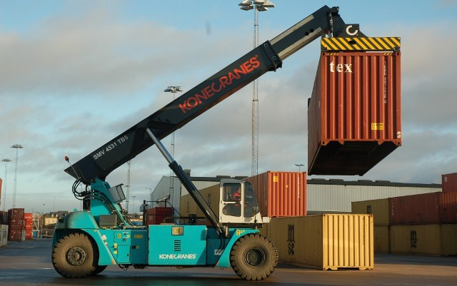 Container Reach Stacker