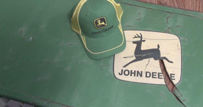 Vintage john deere hat