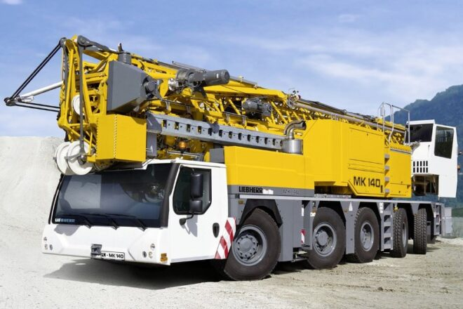 Mobile Crane Load Chart, mobile crane lifting capacity, crane load chart calculations, mobile crane specification