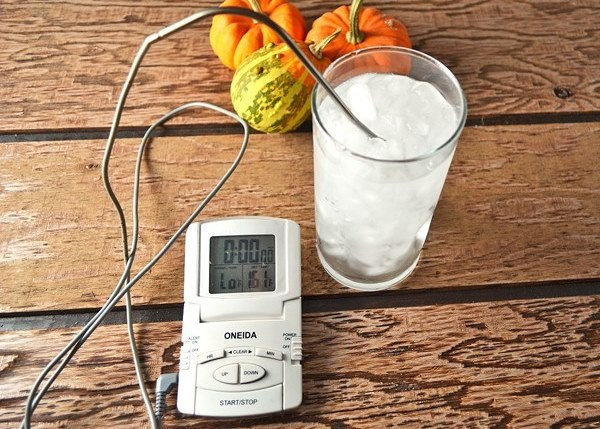 How to calibrate a digital thermometer