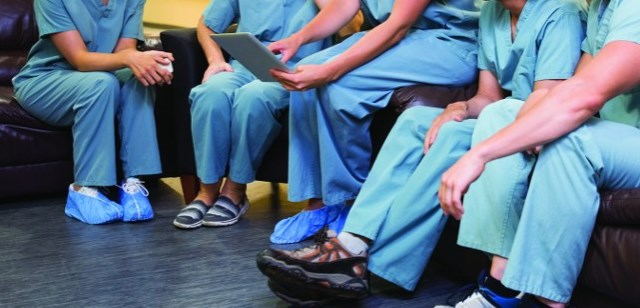 Difference between running and walking shoes for healthcare workers