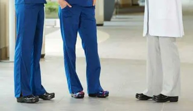 Best shoes for standing all day, Shoes for Healthcare Workers